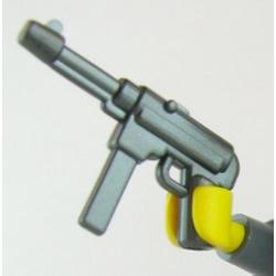 Немецкий пистолет-пулемет MP40 стального цвета