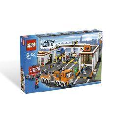 7642 Garage