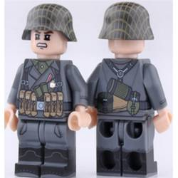 WWII German MP40 Gunner (Brickpanda)