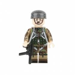 WWII German Paratrooper (Brickpanda)
