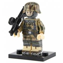 WWII German gunner summer camo (Brickpanda)